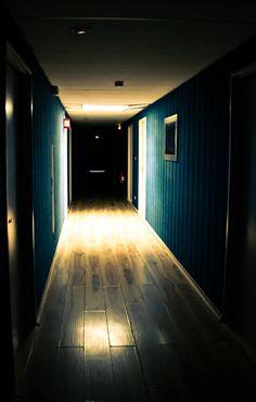 Le Cyclope au fond du couloir...