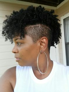 Natural Hair Shaved Sides/Undercut Mohawk - Women's Hairstyles Undercut Natural Hair, Tapered Natural Hair, Natural Hair Styles, Short Hair Styles, Natural Mohawk, Short Box Braids Hairstyles, My Hairstyle, Undercut Hairstyles, Undercut Mohawk