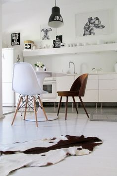 #kitchen #cowhide Photo & design by Merci-Ancsa dekor