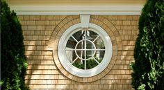 Bay Area Shingle Style Home- Round Window / Architect: John Malick & Associates / Photograph © Jeannie O'Connor Shingle Style Architecture, Shingle Style Homes, Architecture Details, Modern Victorian Homes, Victorian Houses, Shaker Siding, Victorian Windows, Siding Colors, Hamptons House