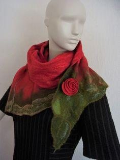 Filzschals - langer gefilzter Schal aus bes. weicher Schurwolle - ein Designerstück von Filz-Land bei DaWanda