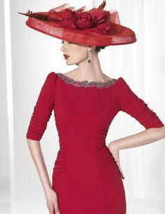 Patrones de Costura: CÓMO HACER UNA BLUSA CON COSTADILLOS A LA SISA Tv Show Outfits, Ideias Fashion, Glamour, Chic, Womens Fashion, Style, Dresses, Design, Projects