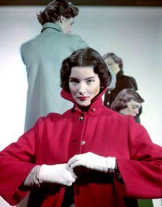 Felt coat, 1948.Photo by Gjon Mili.