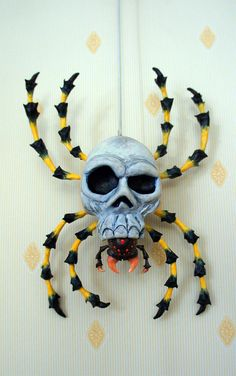 The Legend of Zelda: Ocarina of Time – DIY big Skulltula spider. This is amazing!!!