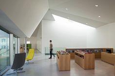 François Villon Public Library