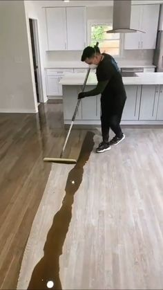 Home Room Design, Home Interior Design, House Design, Cleaning Wood Floors, Floor Cleaning, Decor Home Living Room, Home Decor, Diy Home Cleaning, Home Fix