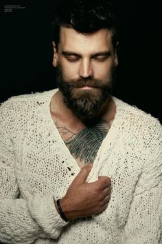 dudesthatknit:  Knit Inspiration: Unknown. You can obviously read the content expression upon this handsome man's face that is a direct result from wearing the cozy knitwear that was gifted to him.   Love this image!