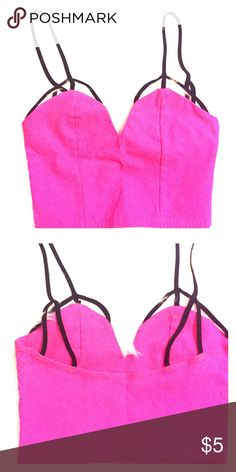 Neon Pink Crop Top Spaghetti Strap Bra Top in Neon Pink. New Without Tag. Never Been Worn! Perfect for Coachella and Festivals 🌸🎤💞🌸🎤💞 Tops Crop Tops