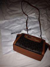 Michael Kors Selma Bag BN