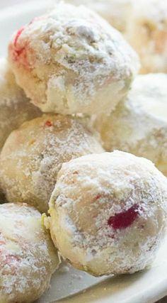 Cherry Pistachio Cherry Snowball Cookies - Recipes For Food Snowball Cookies, Crinkle Cookies, Yummy Cookies, Holiday Cookies, Cupcake Cookies, Filled Cookies, Holiday Baking, Christmas Baking, Christmas Sweets
