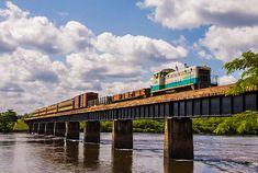 Trem na Serra do Navio Amapá (AP)