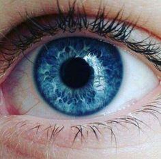 Ideas photography macro eyes colour for 2019 - Beautiful Food Photography + Styling - Eye Makeup Beautiful Eyes Color, Pretty Eyes, Cool Eyes, Eyes Drawing Tumblr, Blue Eyes Aesthetic, Electric Blue Eyes, Blue Eye Color, Iris, Eye Close Up