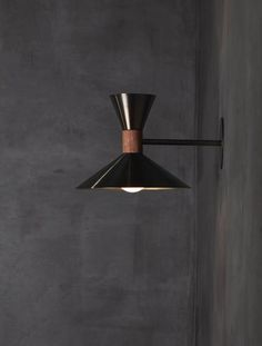 Based in New York, Allied Maker is a contemporary lighting design and manufacturing studio specializing in handcrafted lighting fixtures. Sconce Lighting, Lighting Design, Lighting Ideas, Home Interior, Interior Decorating, Pub Design, Kitchen Design, Modern Wall Sconces, Modern Lamps