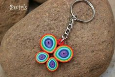 Quiling Paper, Paper Quilling, Quilling Keychains, Key Tags, Quilling Designs, String Art, Key Chain, Business Ideas, Selfie