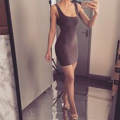 Discover recipes, home ideas, style inspiration and other ideas to try. Tight Dresses, Sexy Dresses, Cute Dresses, Fashion Dresses, Classy Outfits, Sexy Outfits, Casual Outfits, Cute Outfits, Girl Fashion