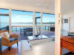OAR HOUSE, Gerroa Weekends Away, Coast, Cottage, Windows, Holiday, Casa De Campo, Vacations, Holidays, Cabin