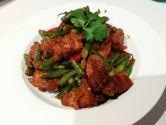The Hungry FoodTech : Pad Prik Khing Moo krob (Crispy Pork Belly in Red Curry Paste)
