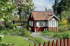 2143 Best Swedish gardens images in 2020 Swedish Cottage, Red Cottage, Cottage Homes, Red Houses, Play Houses, This Old House, My House, Garden Playhouse, Sweden House