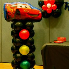 Disney Cars birthday party balloon decorations - Stop lights balloon column with Lightning Mcqueen Ready Set Go !