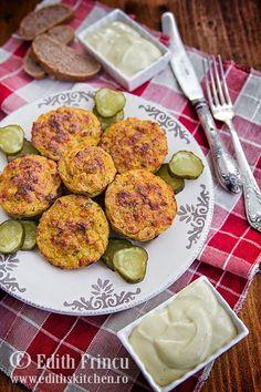 Chiftelute aperitiv de pui la cuptor, cu branza dulce si ardei gras, numai bune pentru dieta, un sendvis la servici sau o masa festiva.