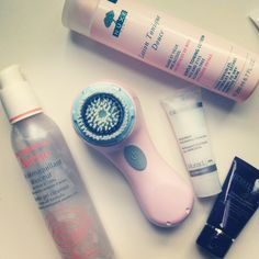 beauty, skincare, cleanser, exfoliator, clarisonic, avene gentle gel cleanser, Murad AHA/BHA Exfoliating Cleanser, Michael Todd True Organics Tropical Fruit Enzymatic Exfoliant, Nuxe Gentle Toning Lotion, walk of fashion