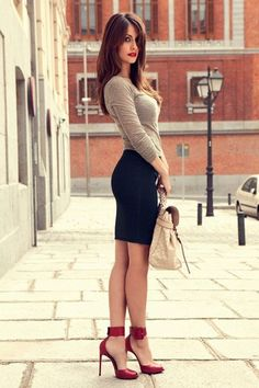 27 Wonderful and Trendy Skirts and Dresses for Every Occasion OMG I LoVe ! Discover and shop the latest women fashion, celebrity, street style, outfit ideas, Look Fashion, Skirt Fashion, Autumn Fashion, Womens Fashion, Fashion Trends, Street Fashion, Office Fashion, Red Fashion, Fashion Ideas