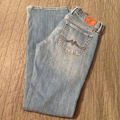 Lucky Brand Sweet'N Low jeans Super cute and comfy jeans! Pre-owned Lucky Brand Jeans