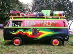 More fantastic pictures and videos of *Bob Marley* on… Reggae Bob Marley, Split Screen, Bob Marley Pictures, What About Bob, Rasta Man, Robert Nesta, Nesta Marley, Bob Morley, Jamaica Travel