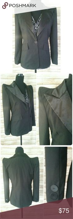 ZARA BASIC Power Shoulder Blazer Zara blazer in great condition! This black blazer with raised pointed shoulders and a bold lapel. One button closure abd two button sleeve detail. Made in Spain.  Perfect for the holidays or to liven up your work wardrobe. Looks great as a scrunched sleeve.  Open to offers. Zara Jackets & Coats Blazers