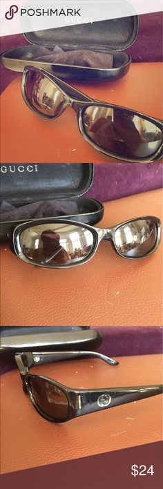 Black Gucci sunglasses Classic black Gucci sunglasses. Comes with original case. Great condition Gucci Accessories Sunglasses