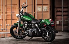 Hop on this lean, mean, road cruising machine and never look back. | 2012 Harley-Davidson Street Bob®