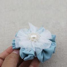 DIY Crafts : DIY Flower hair clip
