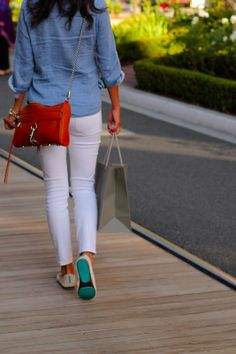 Life, Love and the Pursuit of Shoes: Summer Uniform Preppy Mode, Preppy Style, My Style, Summer Outfits, Flattering Outfits, Curvy Fashion, Womens Fashion, Spring Summer Fashion, Style