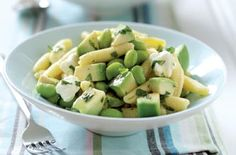 If your kids love peas, mix them into this fresh and fragrant pasta salad for a really easy sandwich alternative.Get the recipe: Pasta, avodado and minty beans salad Broad Bean Recipes, Bean Salad Recipes, Salad Recipes For Dinner, Dinner Salads, Pasta Recipes, Recipe Pasta, Vegetarian Magazine, Vegetarian Cooking, Vegetarian Recipes