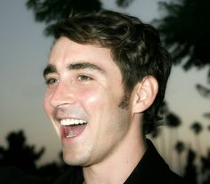Lee pace and a happy smile <3 <3