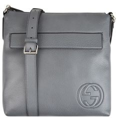 THE PERFECT TRAVELLERS GIFT GUCCI   leather messenger bag Travel Gifts, Pocket Square, Leather Backpack, Messenger Bag, Gucci, Backpacks, Gift Ideas, Bags, Men