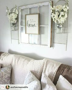 room decor 2018 Things on the side for something beside the wood sign in den ? Things on the side for something beside the wood si living room wall decor Diy Home Decor For Apartments, Country Farmhouse Decor, Farmhouse Living Room Decor, Farmhouse Style, Country Wall Decor, White Home Decor, Home Living Room, Living Room Wall Decor Ideas Above Couch, Decor Above Sofa