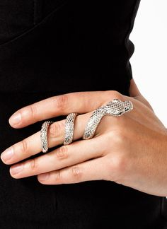Snakes may have a bad rep, but we're sure that this non-adjustable snake ring wi. - Snakes may have a bad rep, but we're sure that this non-adjustable snake ring will slither right - Snake Jewelry, Sea Glass Jewelry, Body Jewelry, Jewelry Box, Jewelry Rings, Unique Jewelry, Silver Jewelry, Jewelry Accessories, Fashion Accessories
