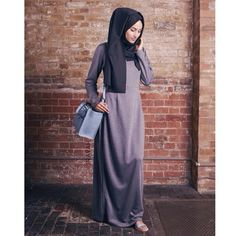 Here you are currently watching the Best Hijab Dresses Ideas for Girls. You will be very happy to see these hijab dresses designs ideas. Islamic Fashion, Muslim Fashion, Modest Fashion, Casual Hijab Outfit, Hijab Dress, Muslim Dress, Maxi Dresses, Modest Wear, Modest Outfits