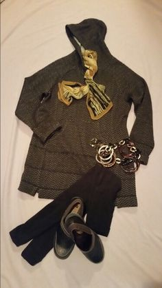Wool knit hoody tunic, fleece leggings, and glazed embossed leather clogs..good New Years Day outfit.