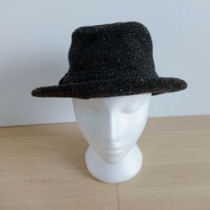 07a1ac0a5fc Tilley Winter Hat Charcoal Tweed 100% Wool Outer Flaps Sz 7 1 4 Canada