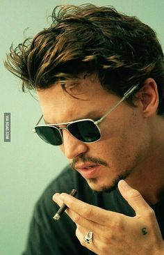 Johnny Depp .... so yum