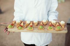 Southern Catering | Bonnell's Restaurant | Heart of the Ranch – Fort Worth, Texas | Bella Flora | Sarah Kate Photography https://www.theknot.com/marketplace/sarah-kate-photography-dallas-tx-314000 |
