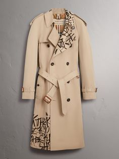 Burberry x Kris Wu Gabardine Trench Coat in Honey - Men Burberry Coat, Fashion Line, Fashion Details, Fashion Design, Custom Clothes, Diy Clothes, October Fashion, Iranian Women Fashion, Painted Clothes