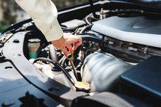 Pregateste-ti masina pentru toamna. Toamna este momentul potrivit pentru a face o revizie si pentru a pregati masina pentru sezonul rece. Engine Repair, Car Engine, Boutique Accessoires, Automobile, Auto Body Repair, Car Repair, Vehicle Repair, Collision Repair, Oil Change