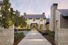Modern farmhouse exterior design ideas (7)