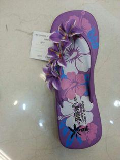 Een van de vele slippers die binnenkort te verkrijgen zijn bij www.oxximoxxi.nl