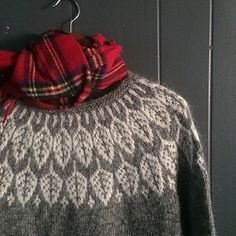 Ravelry: Project Gallery for Arboreal pattern by Jennifer Steingass Knitting Patterns Free, Knit Patterns, Free Pattern, Knitting Wool, Fair Isle Knitting, Icelandic Sweaters, White Leaf, Types Of Yarn, Stockinette