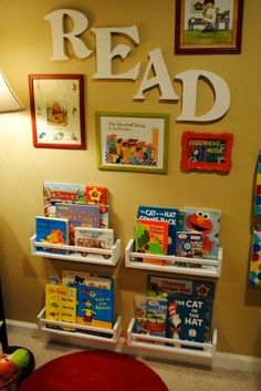 I love this little childrens reading corner. Simply adorable and a great way to motivate children to read