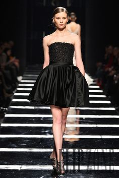 Tony Ward Spring-summer 2011 - Couture - http://www.flip-zone.com/tony-ward-2095